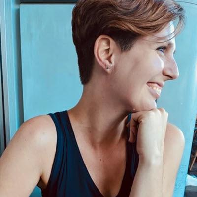 Dr. Lisa Osborne